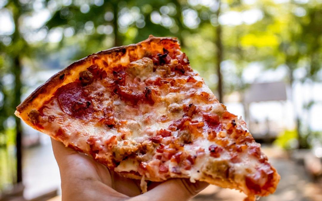 Lake Gaston Pizza & More: Must-Try Restaurant in Littleton